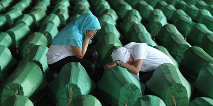 Srebrenitsa'da  acılar tazelendi