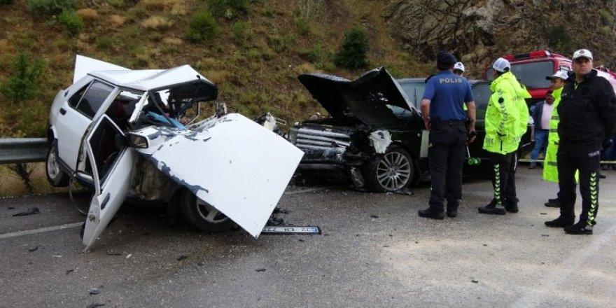 Konya-Isparta yolunda feci kaza: 3 ölü