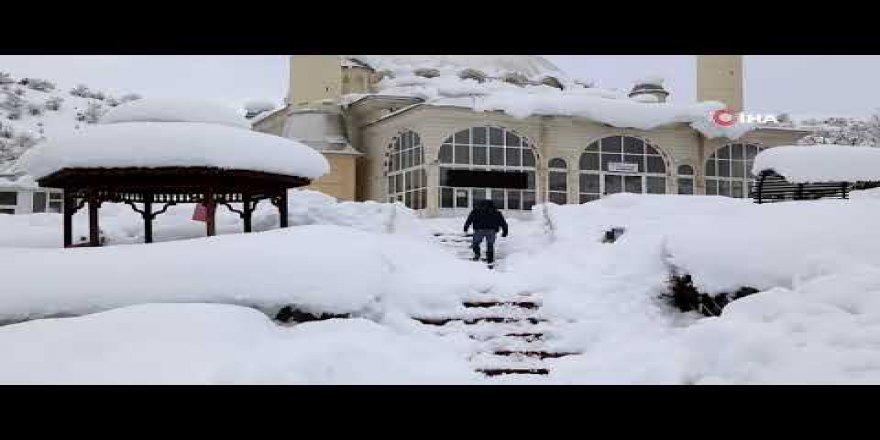Konya'nın Yüksek Kesimlerinde Kar Etkili Oldu