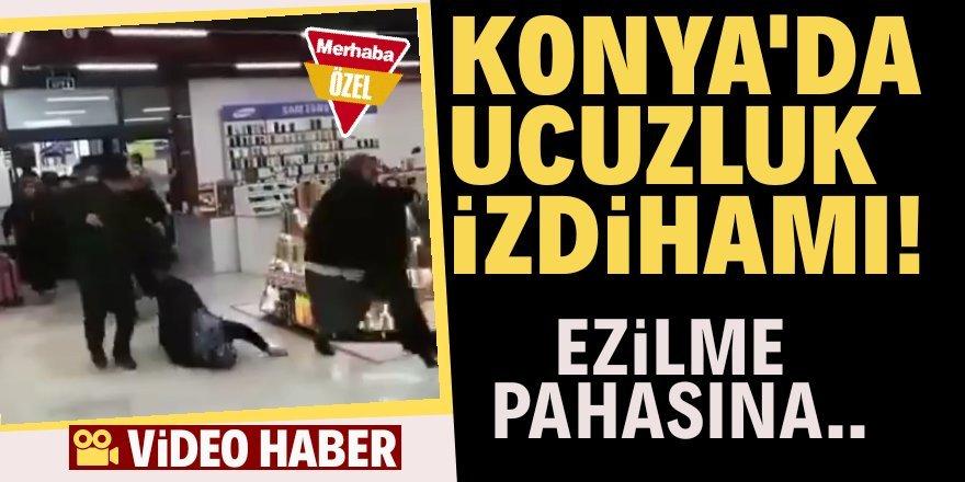 Konya'da ucuzluk izdihamı! Birbirlerini ezdiler..