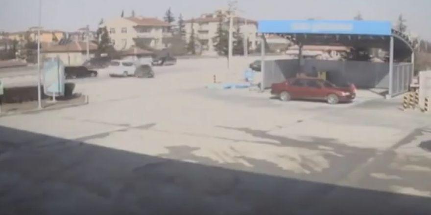 Konya'daki korkunç kaza kamerada