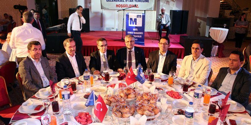 Konya SMMMO'dan üyelerine iftar programı