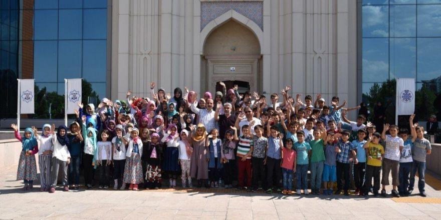 """Altay """"Hatıra Yaz Okulu"""" öğrencilerini ağırladı"""