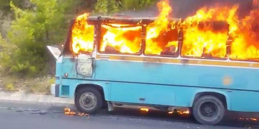 Akseki Konya Yolu'nda otomobil yangını
